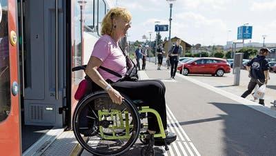 BEHINDERUNGEN: Busfahrt mit Hindernissen