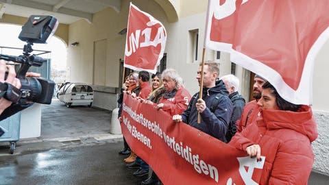 "PERSÖNLICHKEITSVERLETZUNG: Bezirksgericht Frauenfeld: Unia darf Multimillionär Baha ""Lohndumper"" nennen"