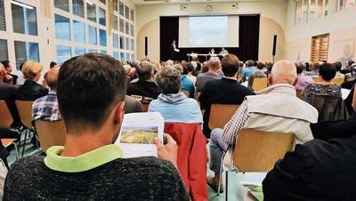 OBERLANDSTRASSE: Sie wollen die Oberlandstrasse verhindern: Strassenkampf in Lengwil