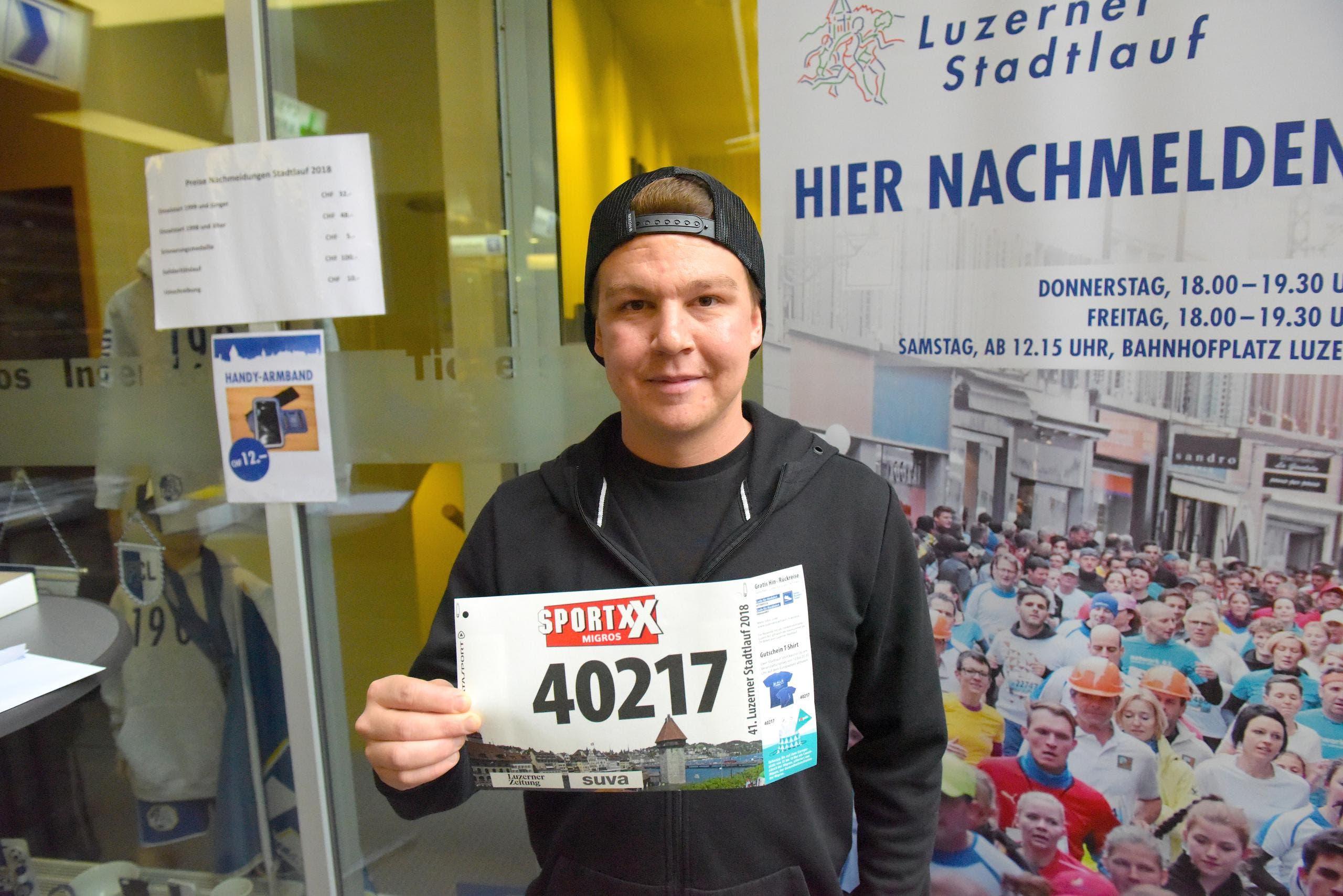 Stefan Stadelmann, Horw, Startnummer 40 217, zum 41. Stadtlauf: «Ich habe letzten Herbst am Swiss City Marathon Lucerne teilgenommen. Nun will ich den Stadtlauf ebenfalls erleben.» (Bild: LZ)