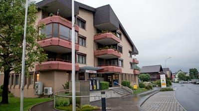 Die Gemeinde möchte zusätzliche Räume im Gebäude an der Chrüzmattstarsse erwerben. (Bild: Corinne Glanzmann, Dallenwil, 15. Mai 2018)