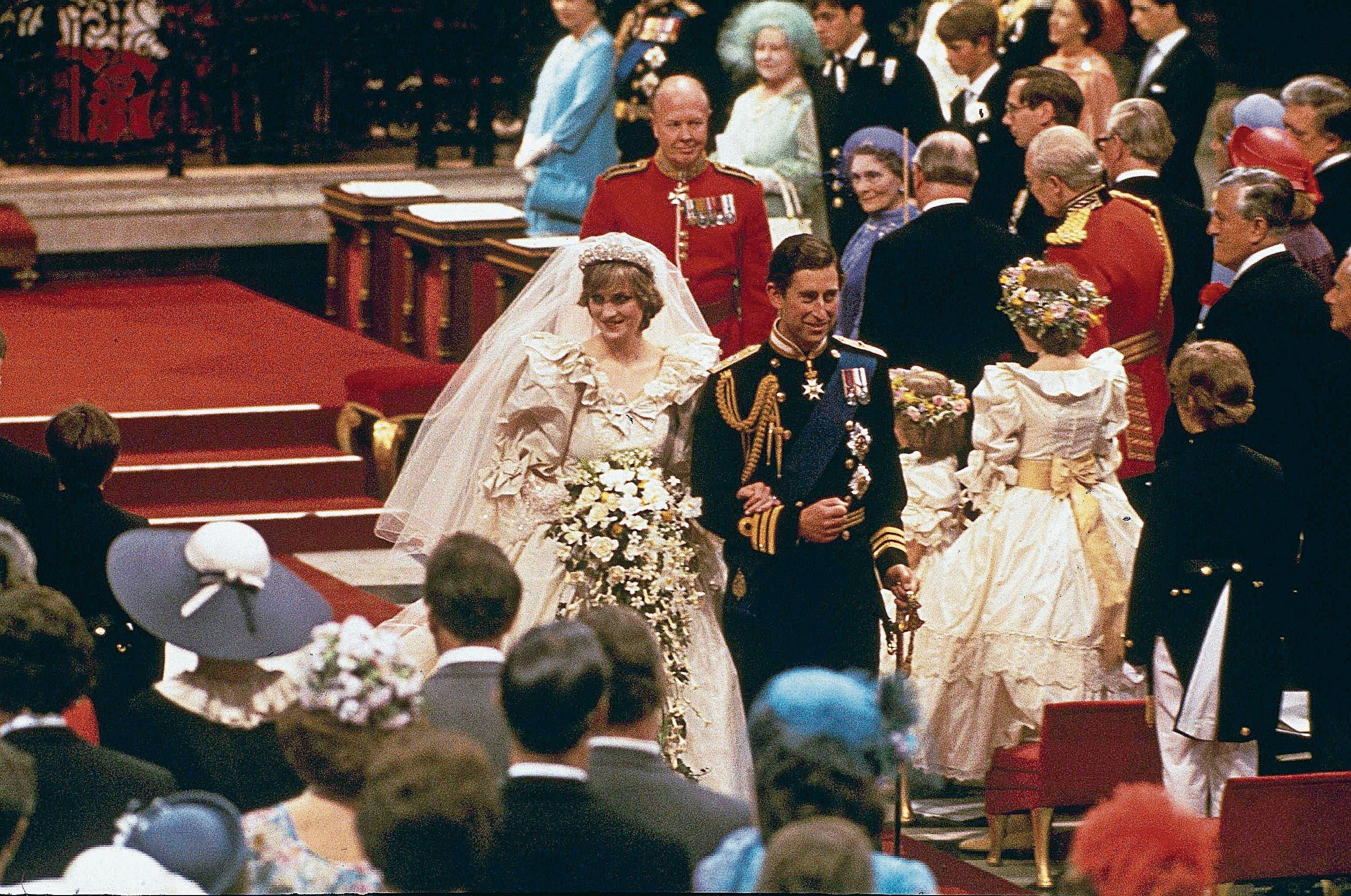 Grossevent mit 3500 geladenen Gästen: Die Hochzeit von Lady Diana und Prinz Charles am 29. Juli 1981. (Bild: Keystone)