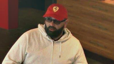 Bild des unbekannten Täters. (Screenshot Überwachungskamera/Luzerner Polizei)