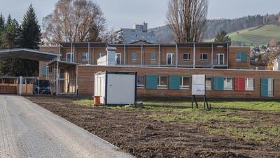 Blick aufs Asylzentrum Grosshofin Kriens. (Bild: Nadia Schärli, 24. November 2017)