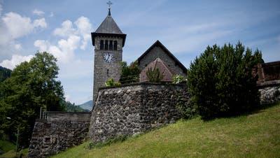 Die Pfarrkirche von Emmetten. (Bild Corinne Glanzmann,22. Mai 2018.)