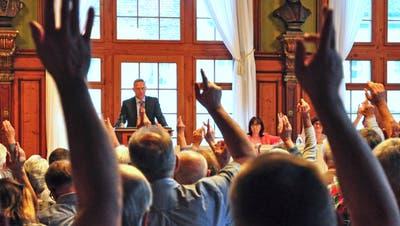 Präsident Stefan Haffter führt durch die Versammlung der Bürgergemeinde Weinfelden (Bild: Sabrina Bächi)