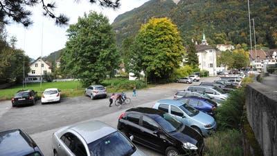 Der Winterberg-Parkplatz in Altdorf. (Bild Urs Hanhart, Altdorf, 28. September 2017)