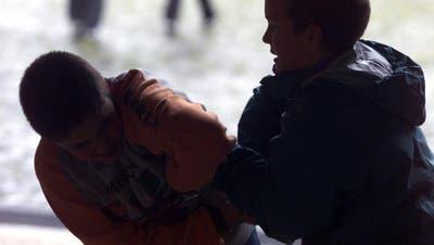 Bürglen: Jugendlicher sticht mit Messer zu