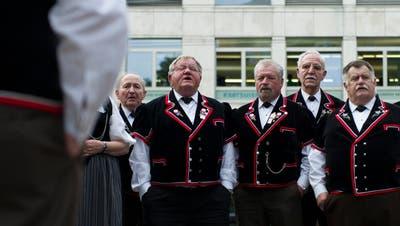 Klassische Vereine haben teilweise Mühe, neue Mitglieder zu finden. (Bild: Gian Ehrenzeller/Keystone)