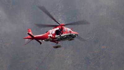 Velofahrer nach Sturz mit Rega ins Spital geflogen