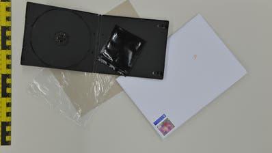 Der festgenommene Luzerner versandte die Drogen in DVD-Hüllen. Bild: PD