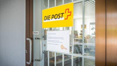 Wo gehen die Türen der Postfiliale für immer zu? Fünf Filialen im Toggenburg sind von der Schliessung bedroht (Symbolbild: Jil Lohse)