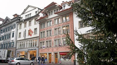 Das Haus am Mühlenplatz 3/4 wurde vor einigen Jahren saniert. Bild: Corinne Glanzmann (Luzern 12. Januar 2017).