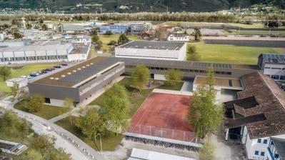 Der Baukredit für das Schulhaus Gadretsch in der Höhe von 11,7 Millionen Franken wurde gestern von der Seveler Stimmbürgerschaft gutgeheissen. (Bilder: media 5 GmbH/www.media5.ch)
