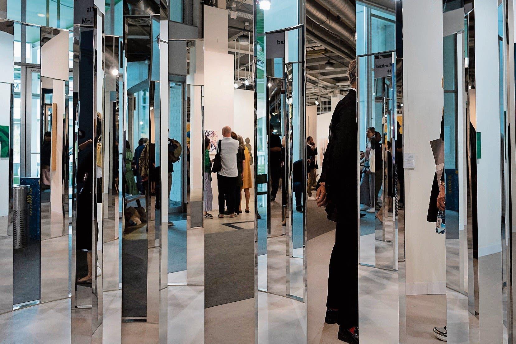 90 Prozent der Besucher der Art Basel kauften keine Kunst, sagt Magnus Resch. (Bild: Georgios Kefalas/Keystone (Basel, 12. Juni 2018))