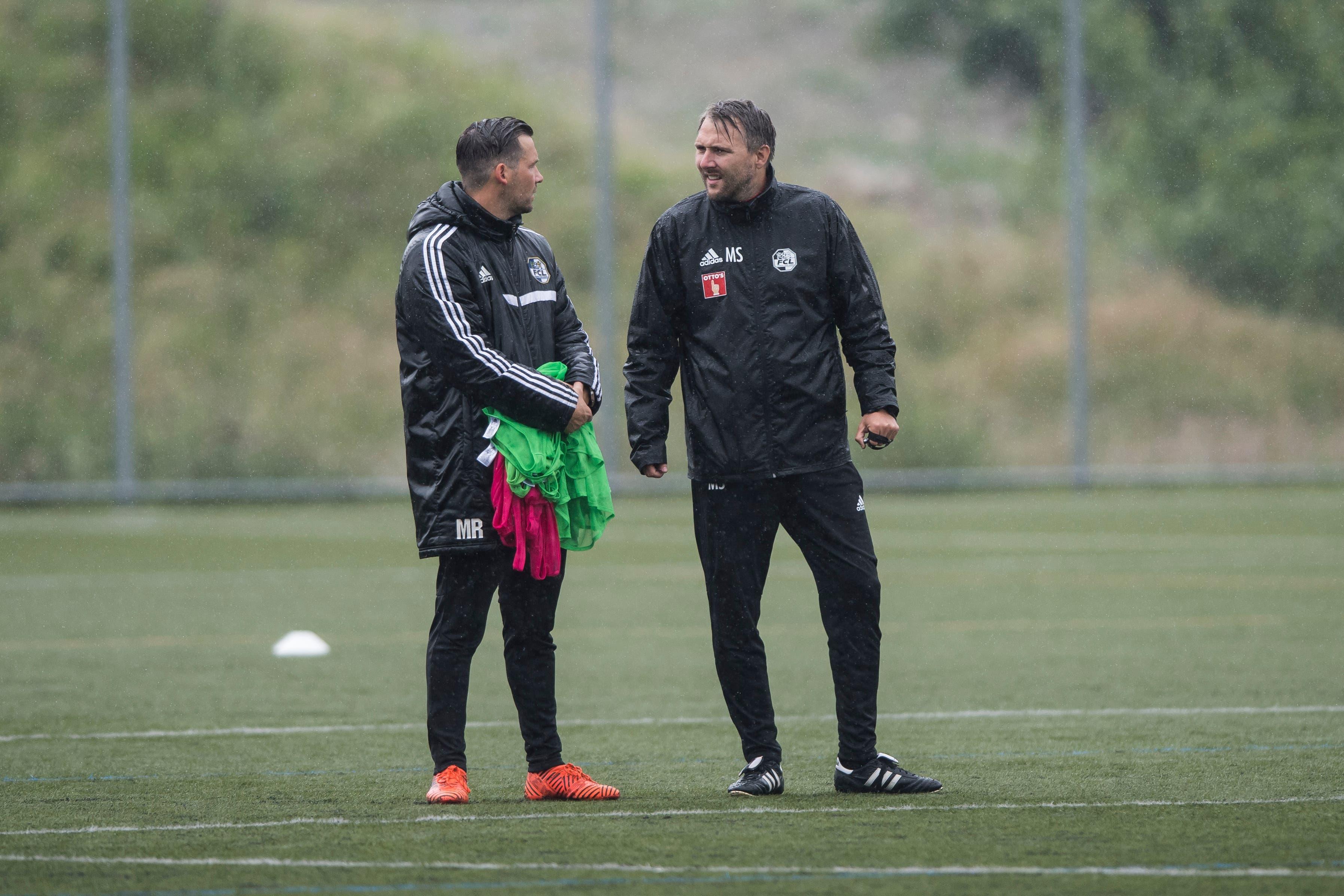 Trainingsstart des FCL unter der Leitung von Michael Silberbauer (rechts) und Michel Renggli. (Bild: Pius Amrein (Luzern, 13. Juni 2018))