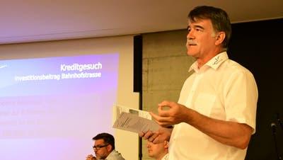 Gemeindepräsident Jürg Schumacher an der Märstetter Gemeindeversammlung. (Bild: Werner Lenzin)