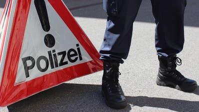Autofahrer auf Kokain verliert Kontrolle über Auto- Polizist springt in Sicherheit