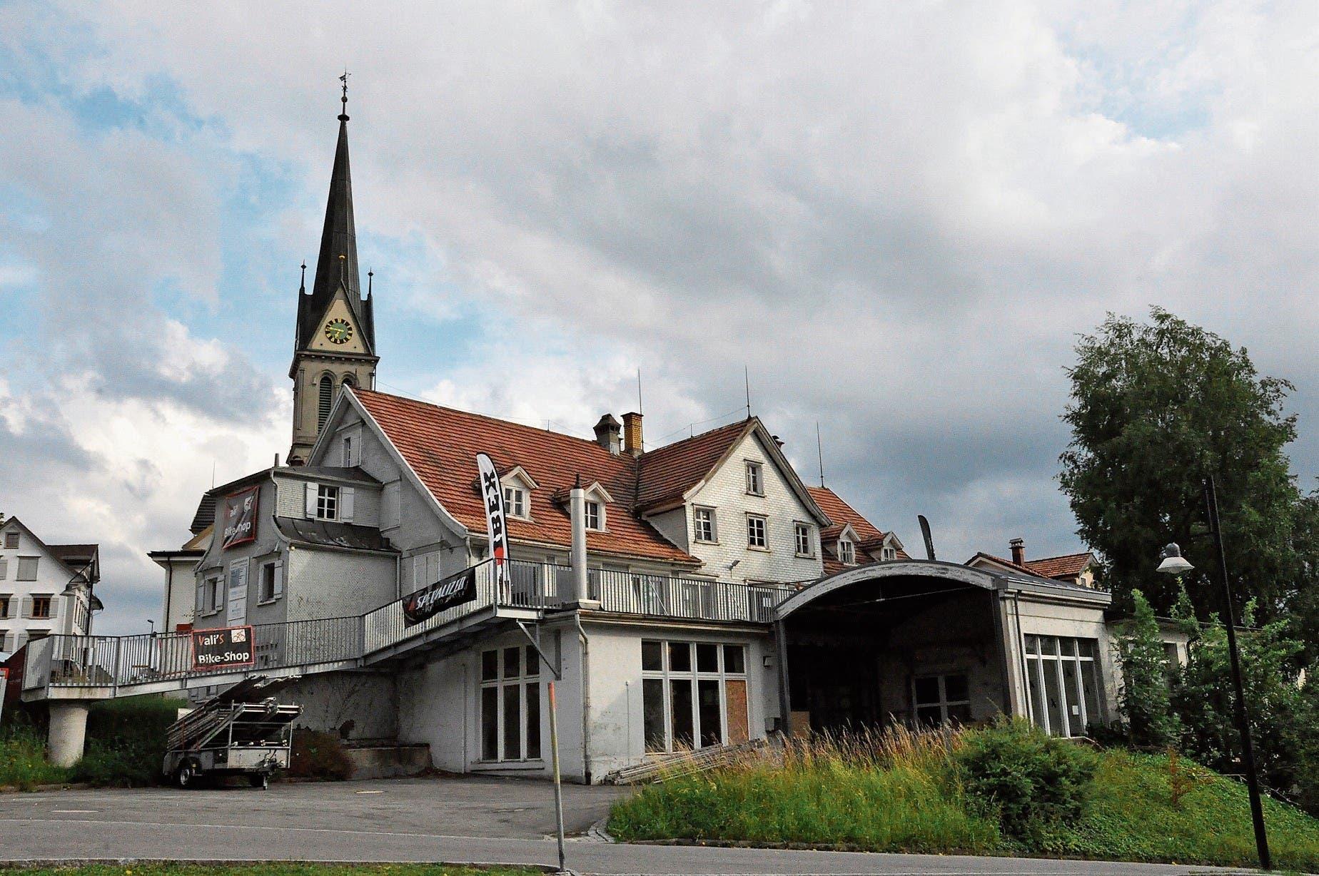 Migg Eberle übernimmt für das Hotel und Restaurant das Projekt des bewilligten Mehrgenerationenhauses an der Kirchstrasse 2. (Bild: SAB)