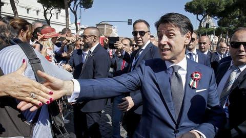 Italiens Regierungschef Giuseppe Conte. (Fabio Frustaci/EPA)