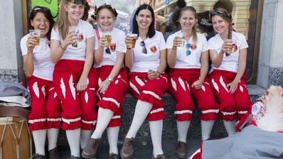 Viel Zulauf am Eidgenössischen Tambouren- und Pfeiferfest in Bulle