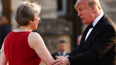 Trump attackiert Mays Brexit-Strategie - Lob für Boris Johnson