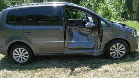Am Auto entstand Totalschaden. (Bild: PD)