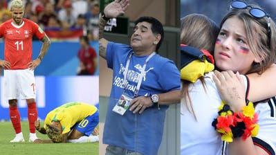 Schiedsrichter Mark Geiger schaut sich im Spiel Deutschland gegen Südkorea eine strittige Szene noch einmal an. (Bild: AP Photo)