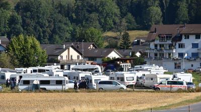 Die Kantonspolizei kontrollierte die Fahrenden am Mittwoch. (Bild: Kapo SG)