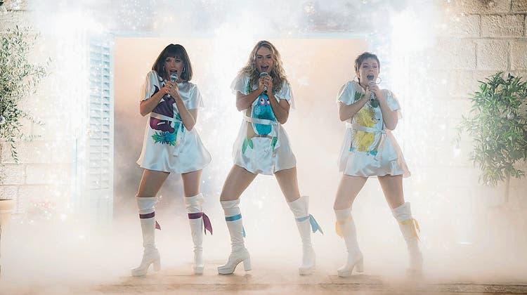 Ewiges Erfolgsmodell ABBA: Auch 36 Jahre nach ihrer Auflösung begeistern ihre Songs wie im neuen Film «Mamma Mia! Here We Go Again». (Bild: Universal Pictures)