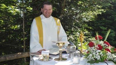 Pfarrer Fleischmann hat Spielschulden.(Bild: Edith Meyer)