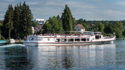 Die MS Schaffhausen auf dem Rhein bei Schlatt. (Bild: Reto Martin)