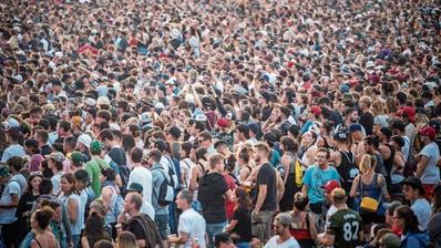 Klappe halten! Plaudernde Besucher an Konzerten nerven