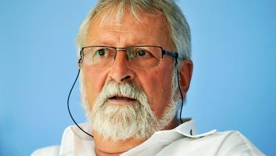 Jost Rüegg will, dass die Hintergründe zum Rücktritt des Schulpräsidenten beleuchtet werden. (Bild: Reto Martin)
