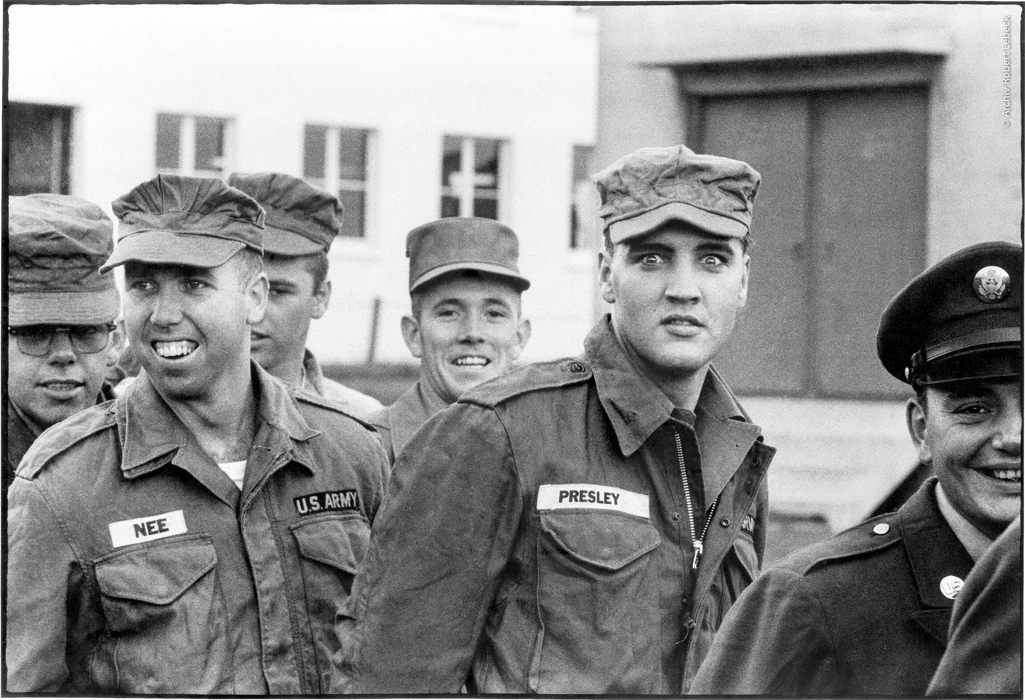 Elvis Presley in Friedberg, Hessen 1958.                                    (Bild: Archiv Robert Lebeck)