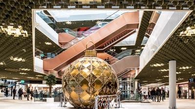 Die Mall of Switzerland kämpft um mehr Kunden. (Bild: Nadia Schärli, 20. November 2017)