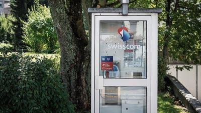 Was tun mit ausgedienten Telefonzellen in St.Gallen? Junge Grüne wollen bunte Kabinen