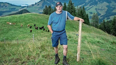 Der aktuelle Präsident Martin Renggli auf seiner Alp «Stettili» in Finsterwald. (Bild: Pius Amrein, 8.August 2018)
