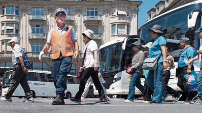 Ein brisanter Vorschlag: Mit Gebühren gegen Car-Touristen