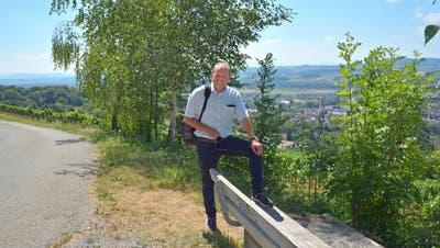 Gemeindepräsident Max Vögeli zeigt seinen Lieblingsplatz hoch über Weinfelden. (Bild: Mario Testa)