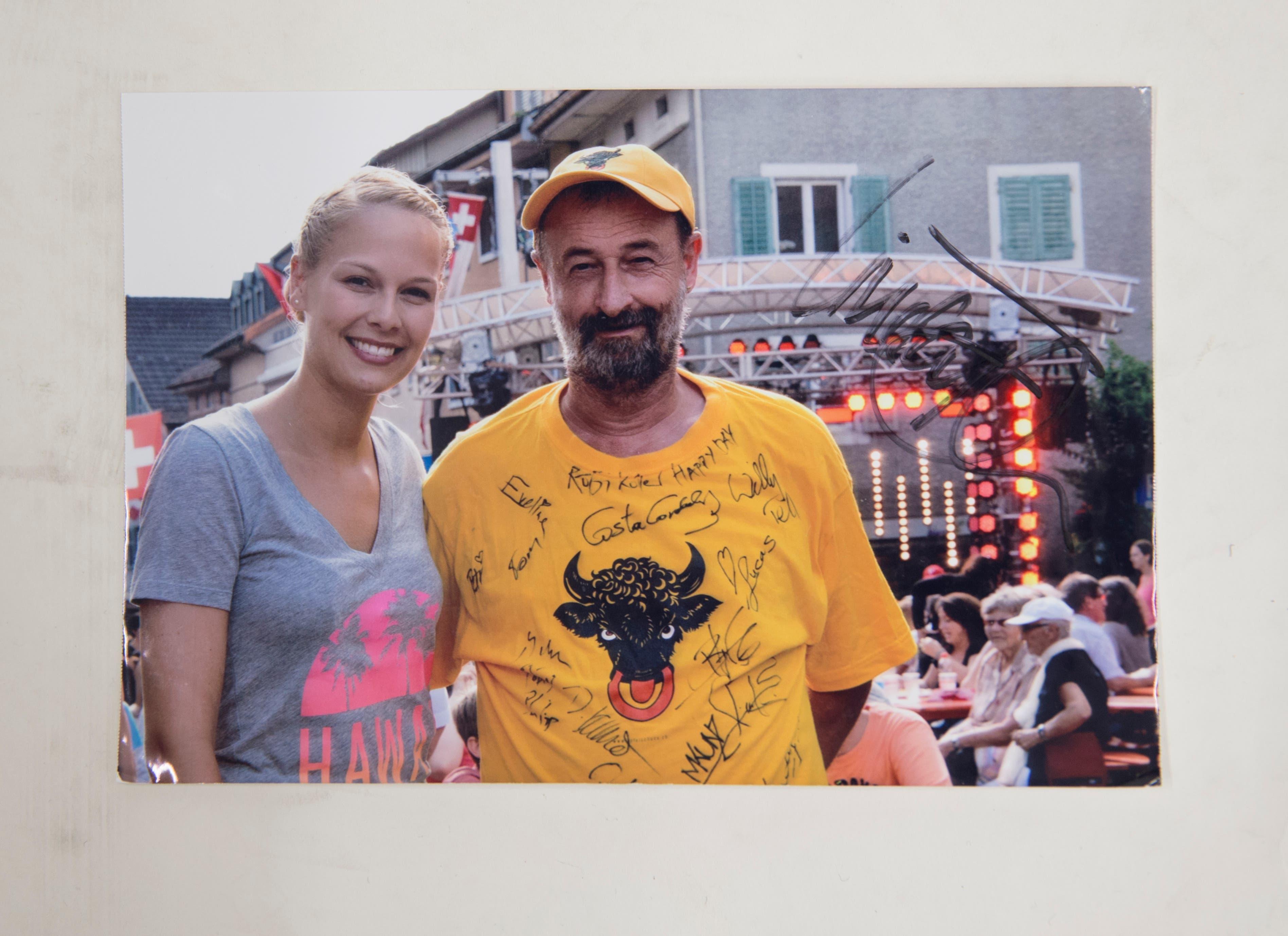 Werner Walker mit Ex-Miss-Schweiz Linda Fäh. (Bild: PD)