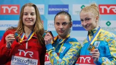 Michelle Heimberg (links) gewann bei der EM im letzten Jahr Silber. (Bild Efrem Lukatsky/AP (Kiew, 15. Juni 2017))