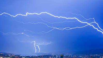 19'000 Blitze und viel Niederschlag: Feuerwehren am 1. August im Dauereinsatz
