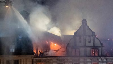 Brand mit Explosionen: Geschäftshaus beim Zürcher Hauptbahnhof ist jetzt einsturzgefährdet