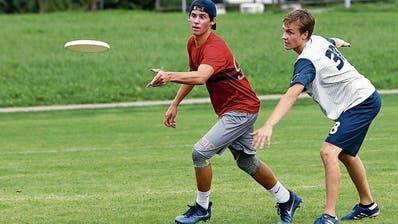 Frisbee-Meisterschaft: Fliegende Untertassen am Zuger Himmel
