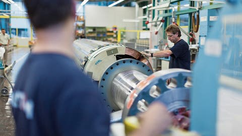 Die Maschinen-, Elektro- und Metall-Industrie läuft auf Hochtouren