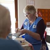 Die Tarife für Spitex-Dienstleistungen im Hauswirtschaftsbereich geben im RontalAnlass zu (politischen) Diskussionen. (Symbolbild:Keystone/Gaetan Bally)