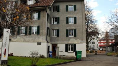 Das Wohnhaus Mettenweg in Stans. (Bild: Oliver Mattmann,21. November 2014)