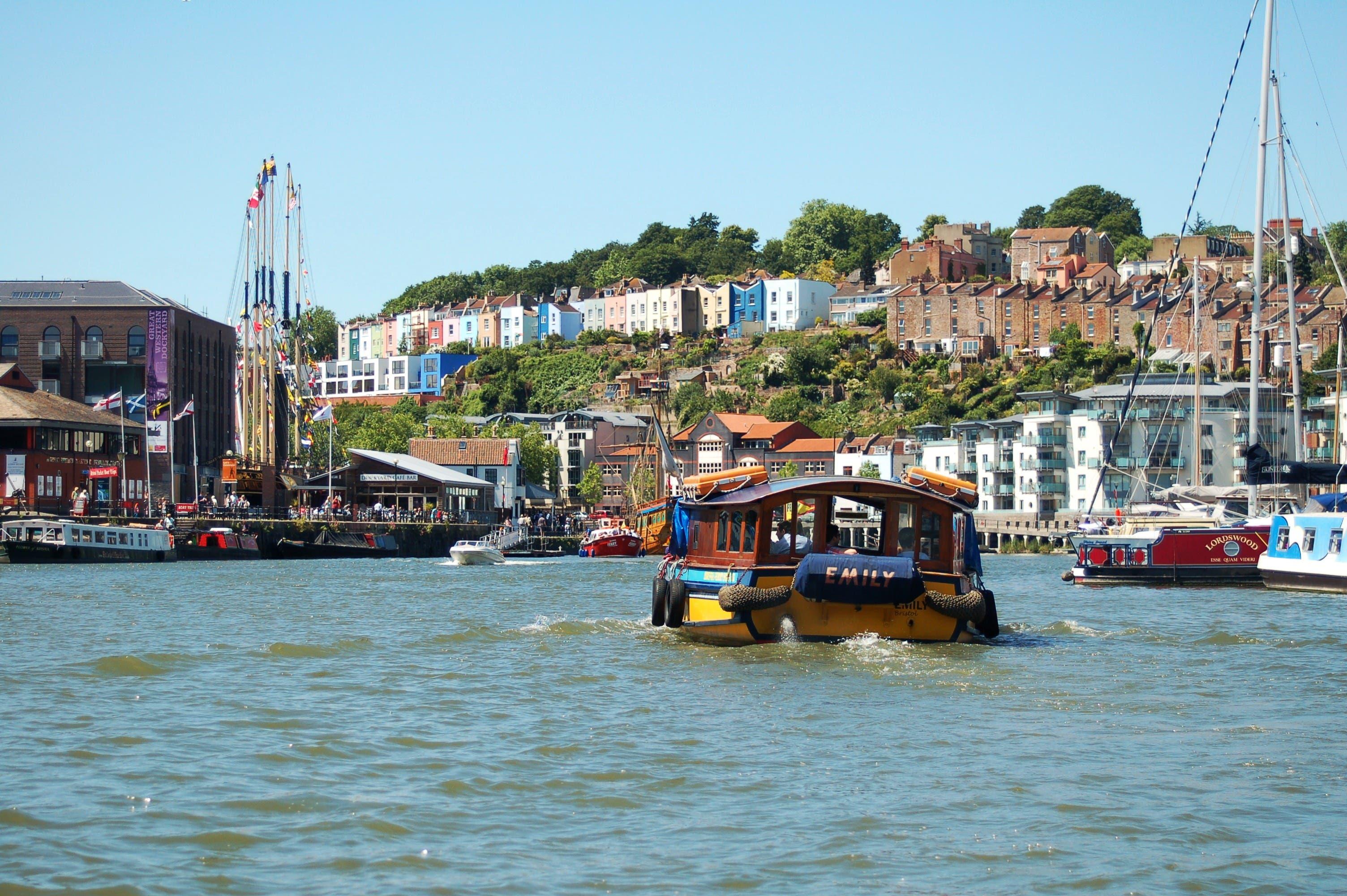 In Bristols Fährhafen.