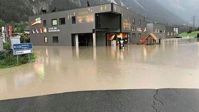 """Hier versinkt """"Wetter's Spezialitäten-Welt"""" im Schlamm"""